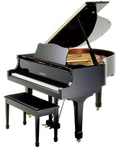 yamaha_baby_grand_piano_for_rent2-e1463093616843-1000x1218
